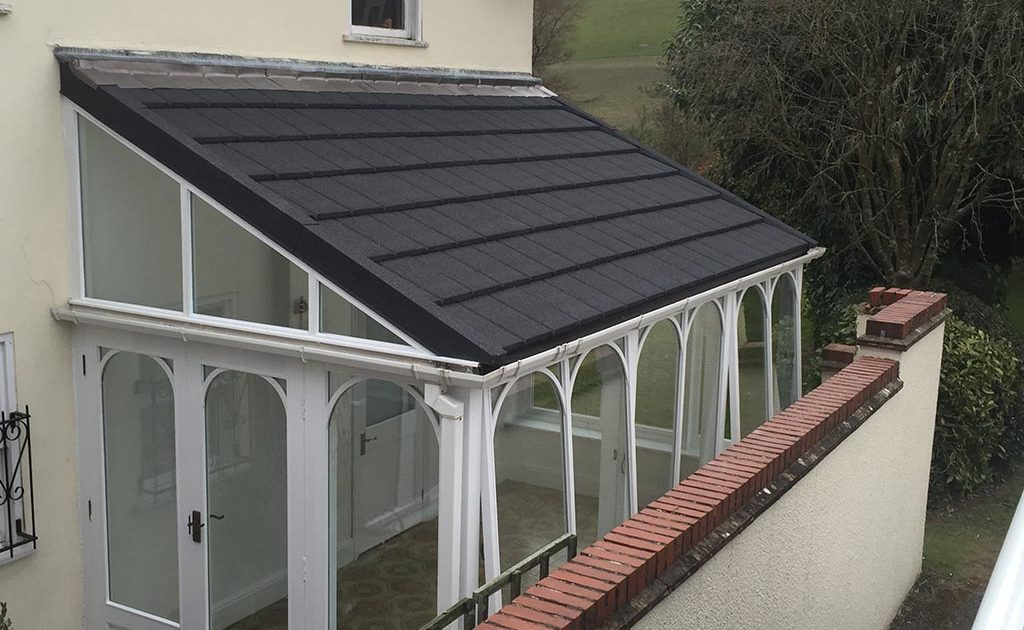 Lightweight tiled roofs